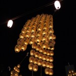 秋田竿燈まつり2015年!桟敷席は必要?駐車場は止められる?